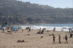 Hot weekend at Torrance Beach Summer 2014 (Photo by South Bay Events)