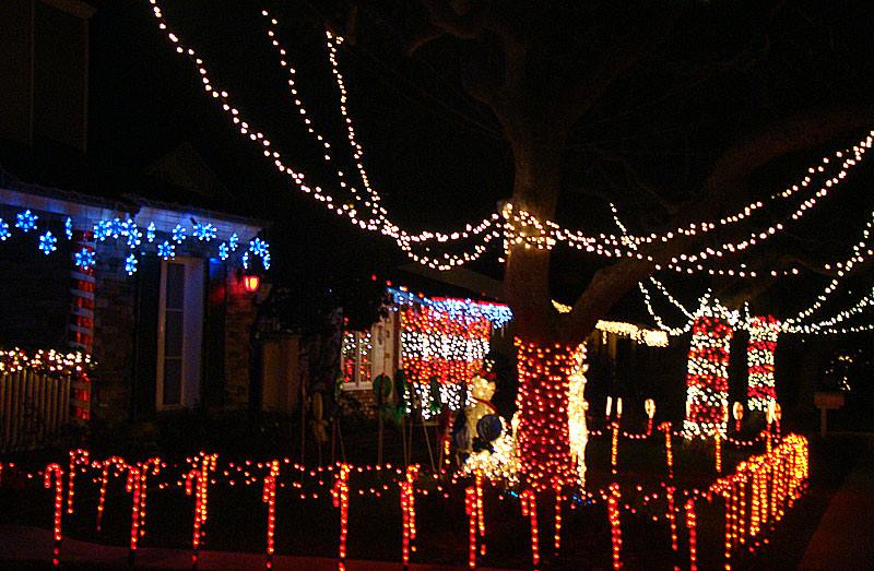 Sleepy Hollow Christmas Lihts Extravagganza in South Torrance